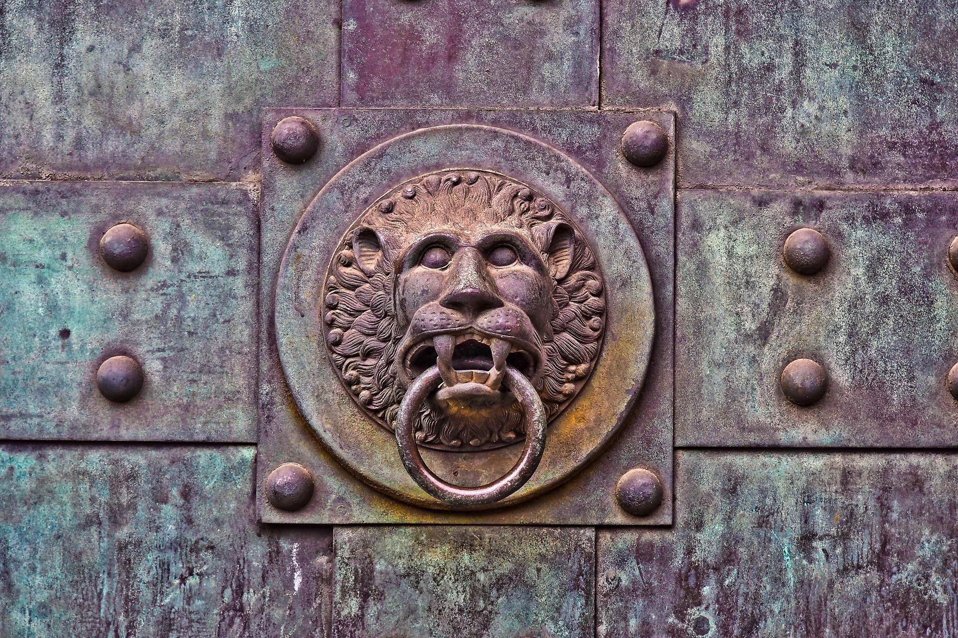Tajemství plzeňských portálů
